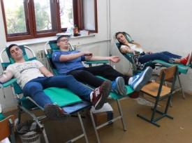 Učenici Srednje strukovne škole Široki Brijeg darovali 44 doze krvi